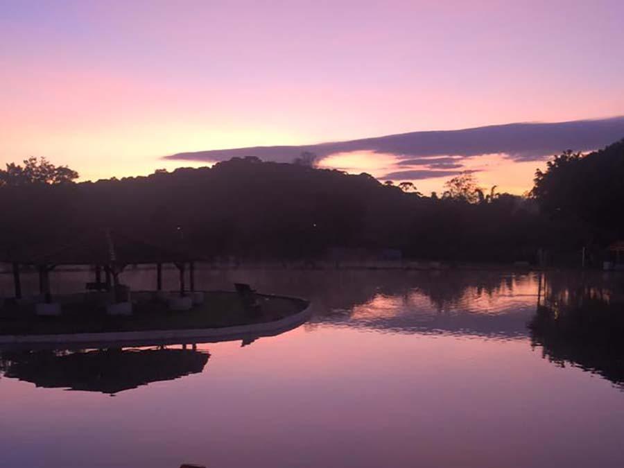 Lago Pôr do Sol 1